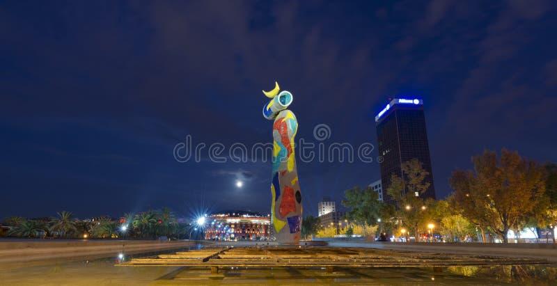 Dona i Ocell - Joan Miro Barcelona immagini stock libere da diritti