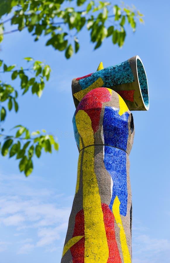 Dona mim Ocell, por Joan Miro, em Barcelona, Espanha imagens de stock royalty free