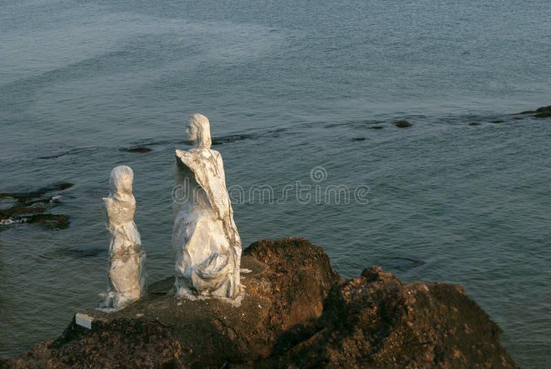 Dona Paula Statue em Dona Paula, Goa, Índia Área famosa freqüentada por turistas especialmente no por do sol imagens de stock royalty free