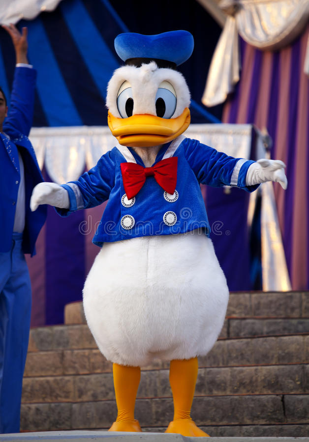 Download Donald Duck editorial stock image. Image of performance - 19136624