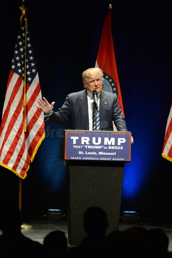 Donald Trump Campaigns à St Louis photos stock