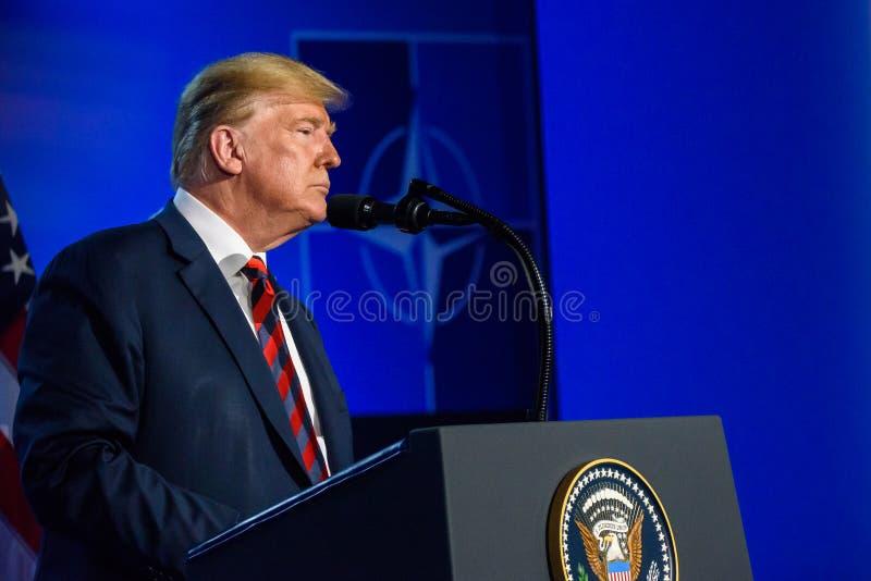 Donald Trump, durante a confer?ncia de imprensa fotos de stock royalty free