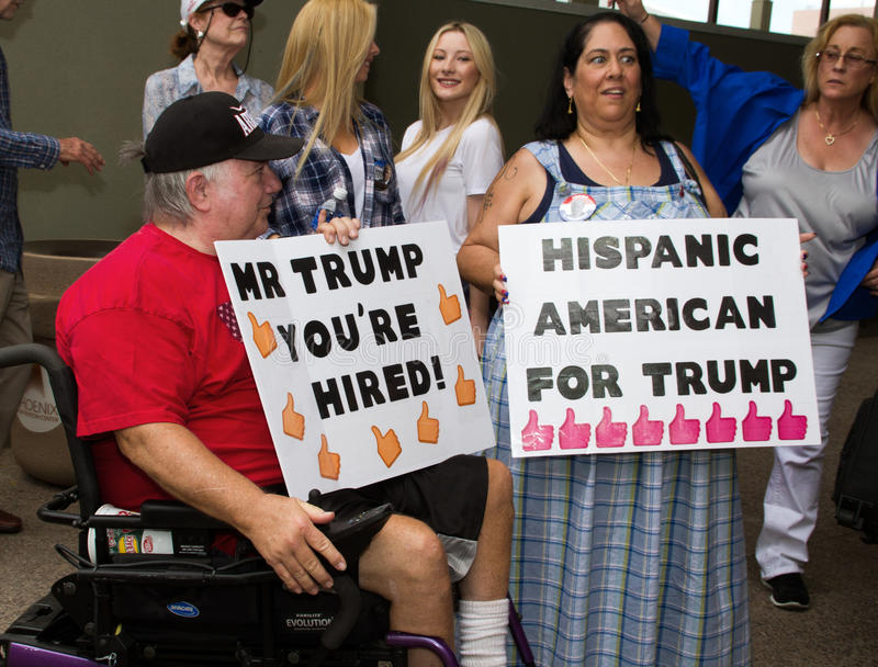 Donald Trump erste Präsidentenkampagnensammlung in Phoenix stockfotografie