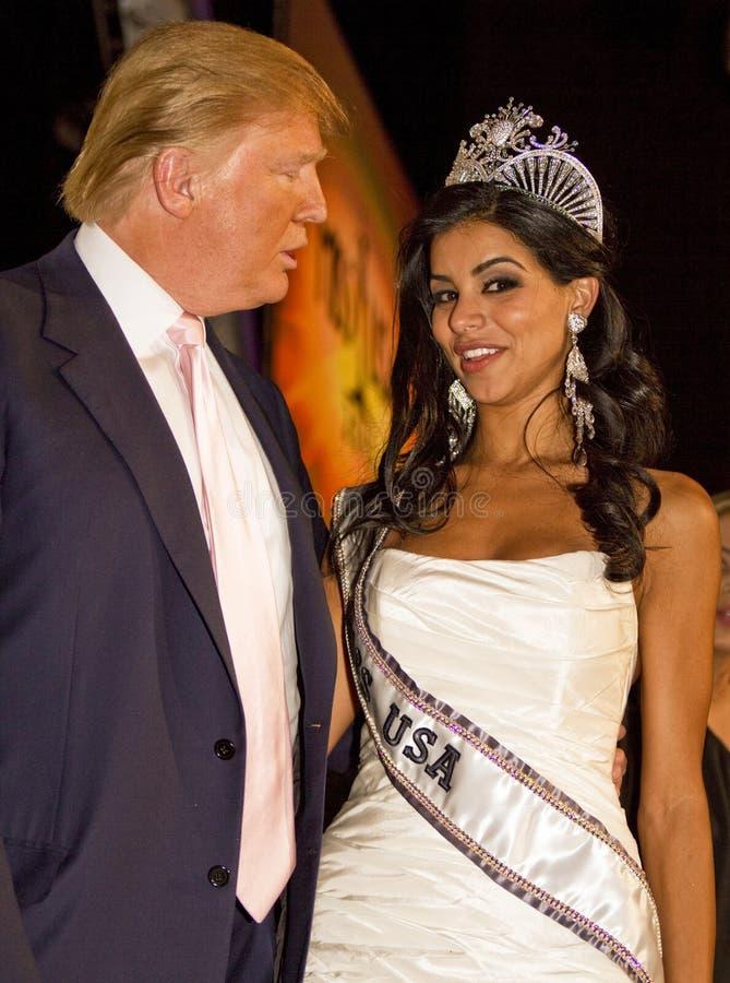 Donald Trump et Mlle Etats-Unis 2010 image libre de droits