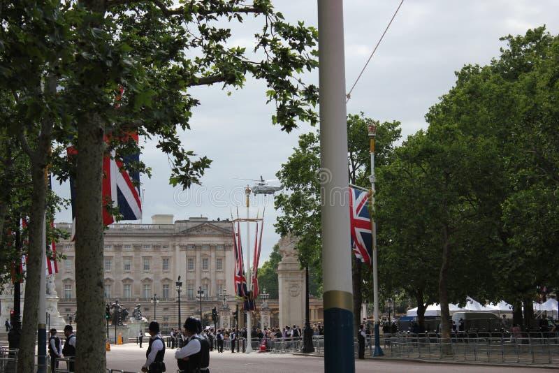 Donald Trump, Londres, R-U, photo courante, 3/6/2019 - Donald Trump quittant le Palais de Buckingham par jour BRITANNIQUE de visi image libre de droits