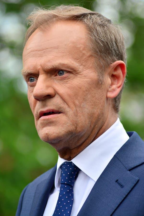 Donald Tusk der Pr?sident des Geschenkes des Europ?ischen Rates in Warschau ersuchte Polens um Spitzenpolitiker, das constitu zu  lizenzfreie stockfotografie