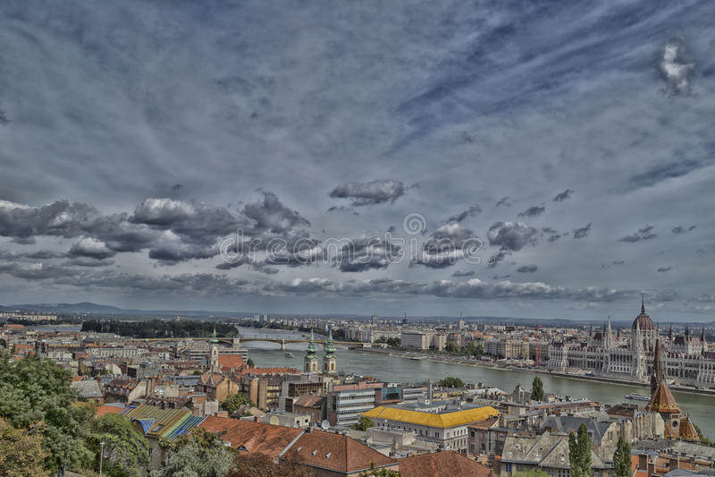 Donau-Ansicht in Budapest lizenzfreies stockbild
