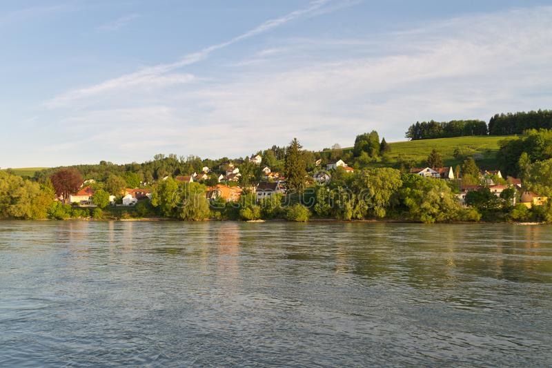 Donau-Bank Passau stockfotos