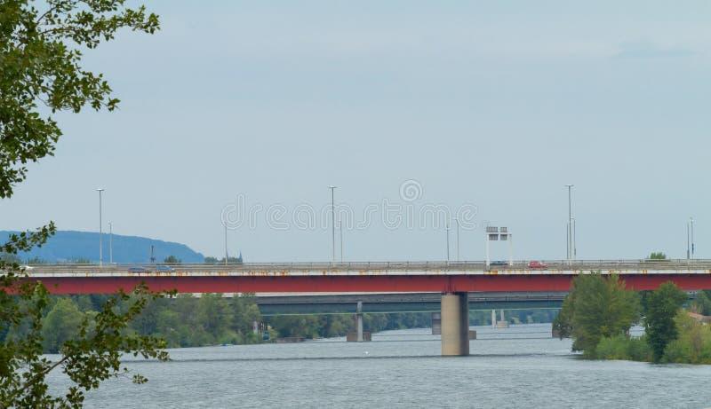 Download Donau Wien stockfoto. Bild von fließen, aufbau, kompliziert - 26351540