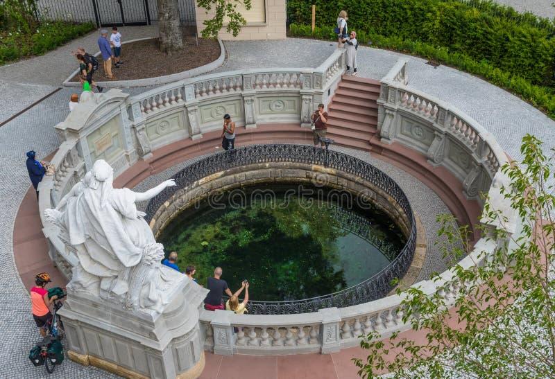 Donaueschingen, Deutschland - die Quelle von Donau stockbild