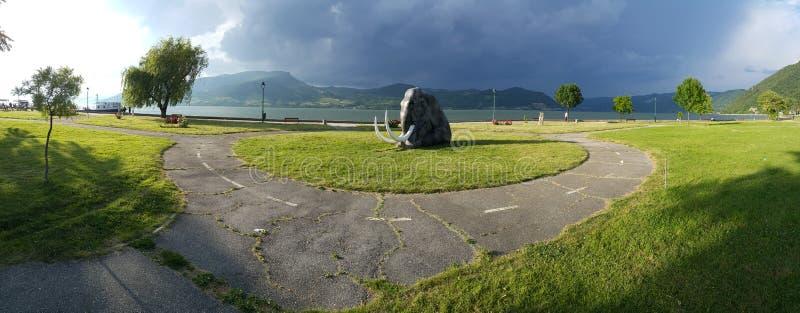 Donaukust på Gornji Milanovac royaltyfria bilder