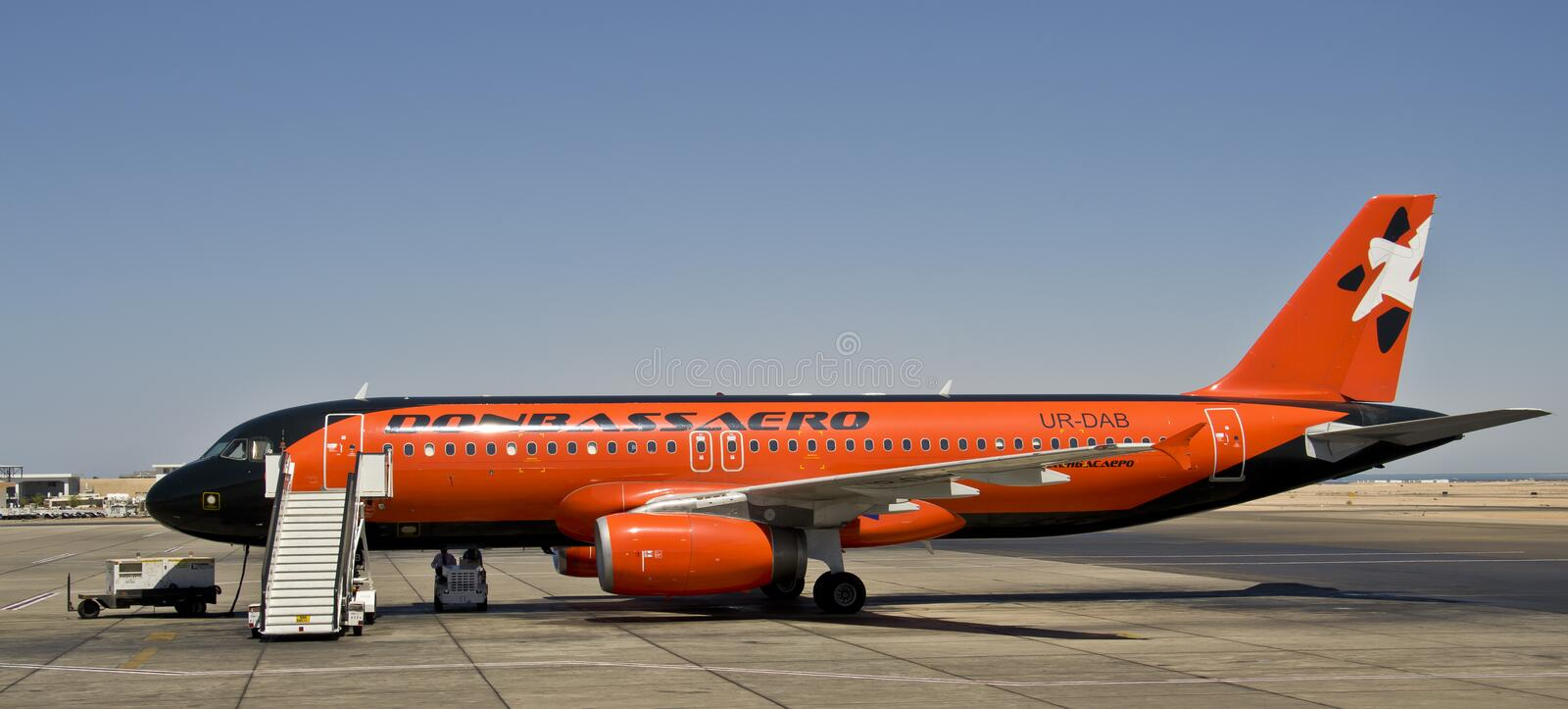 Download Donbass Aero, Airbus 320 editorial photography. Image of aviation - 26591457