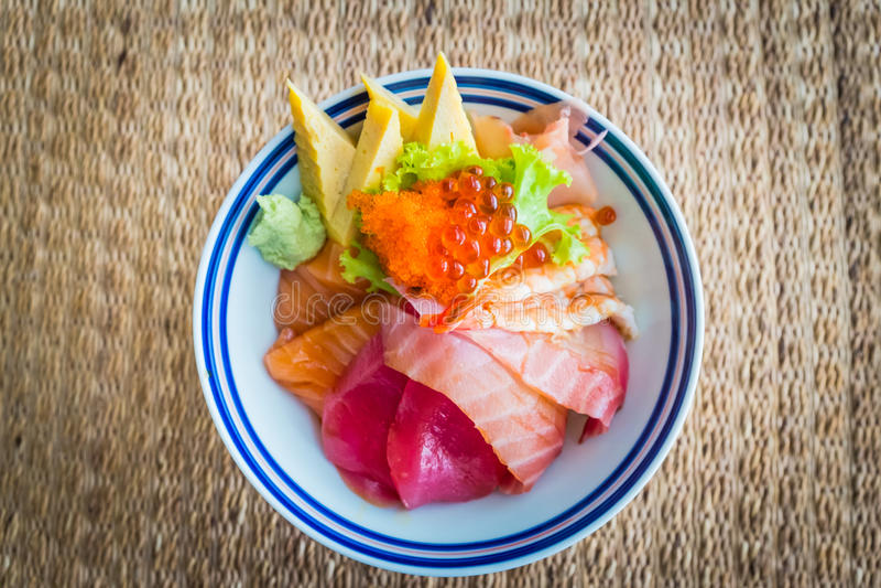 Donburi de Tekka/alimento japonês imagem de stock royalty free