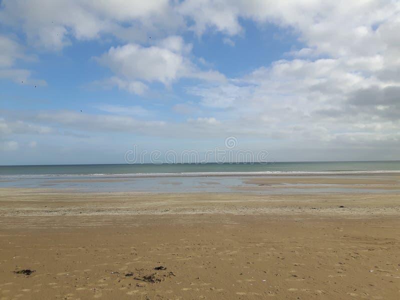 Donde el océano resuelve el cielo fotos de archivo