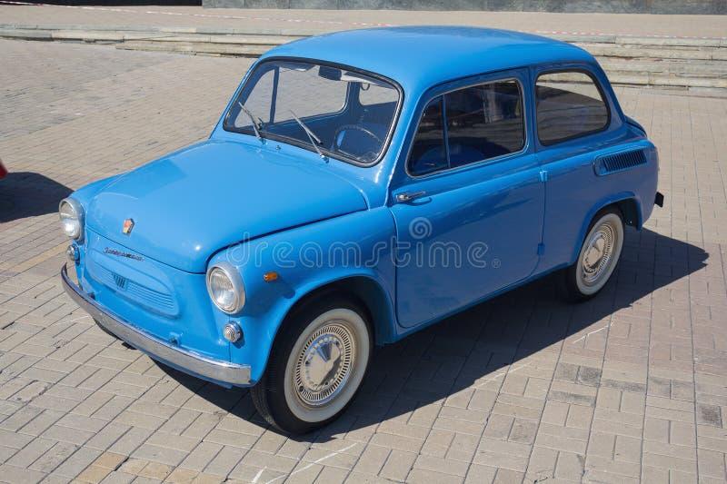 Donetsk, Ukraine - 26 août 2018 : rétro voiture Soviétique-faite ZAZ-965 à l'exposition photographie stock libre de droits