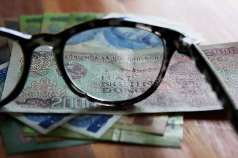 Dong Vietnam pengar Många vietnamesiska sedlar värde Ho Chi Minh bild på sedel royaltyfri fotografi
