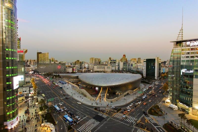Dongdaemun设计广场在汉城,韩国 免版税图库摄影