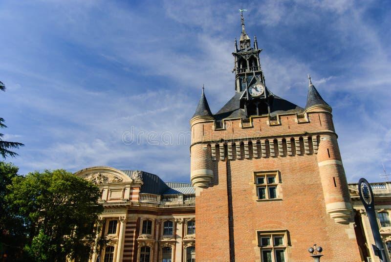Donjon och Capitolen, Toulouse, Frankrike fotografering för bildbyråer