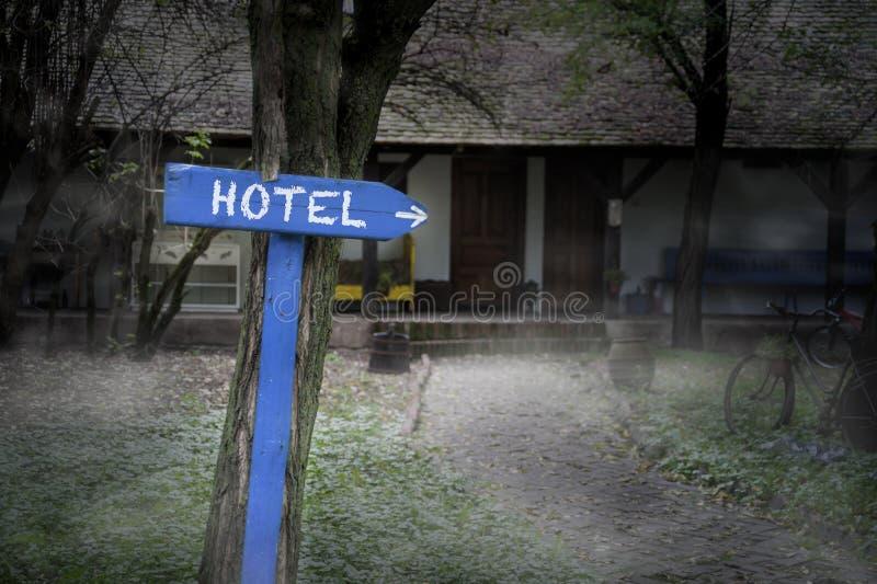 Donker Mistig Hotel royalty-vrije stock foto