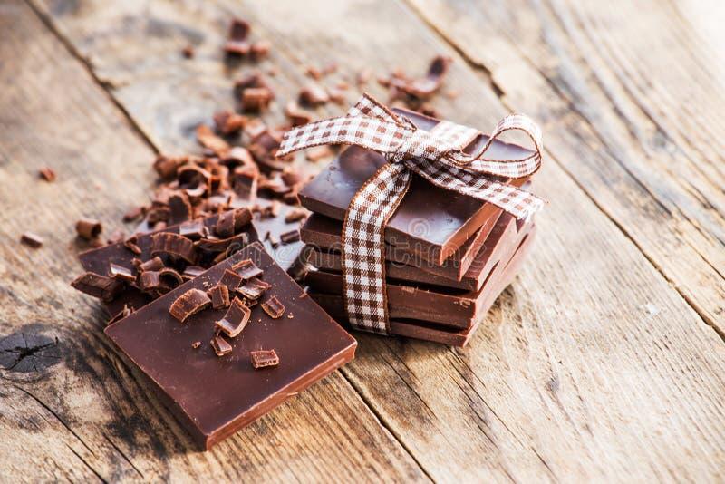 Donkere chocoladebruine houten lijst stock foto