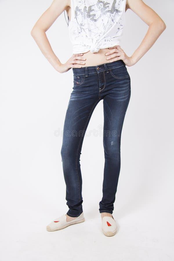 Donkere elegante jeans royalty-vrije stock foto's