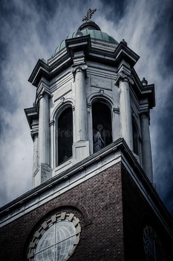 Donkere en Dramatische Kerk in Augusta, Georgië stock afbeelding