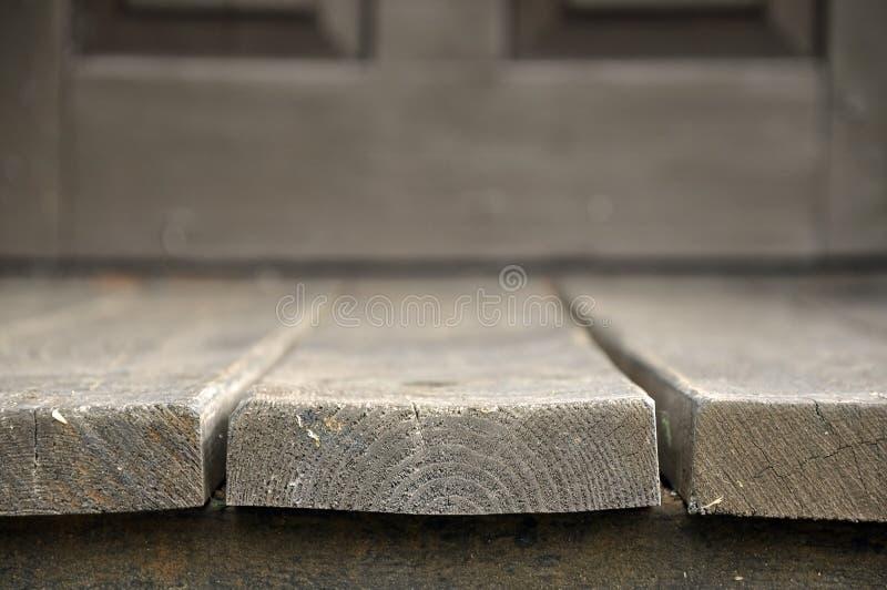 Donkere houten raad in perspectief stock afbeeldingen