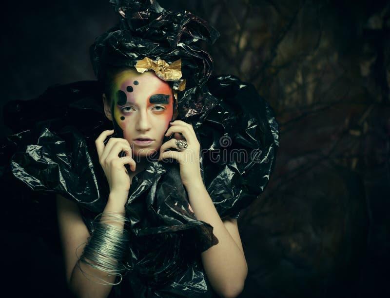 Donkere Mooie Gotische partij Princess Sluit omhoog Halloween-partijconcept stock afbeelding