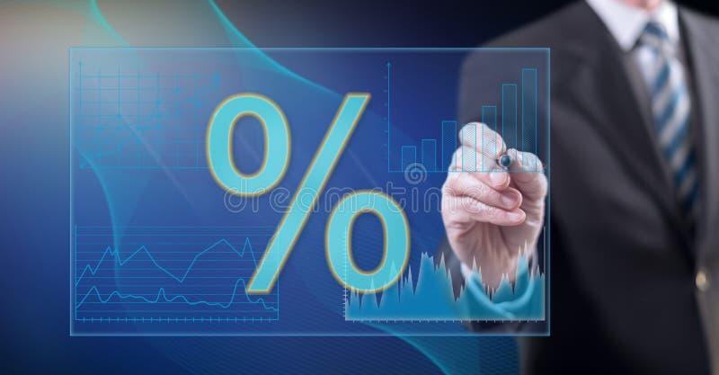 Données numériques émouvantes de taux d'intérêt d'homme illustration stock