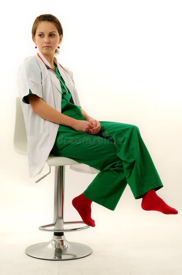 Download Donna abbastanza medica fotografia stock. Immagine di internista - 7307192