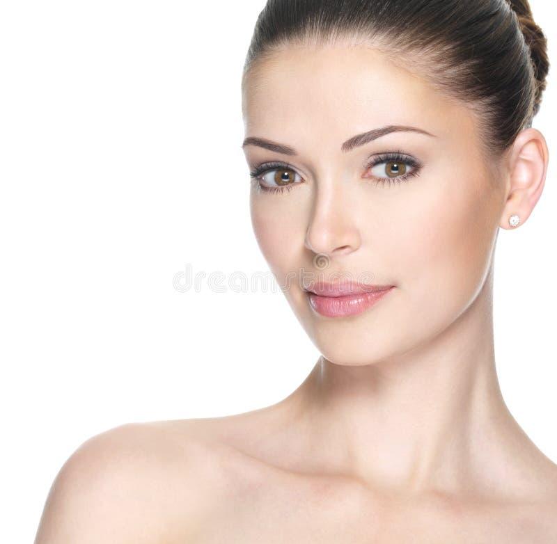 Donna adulta con il bello fronte fotografia stock