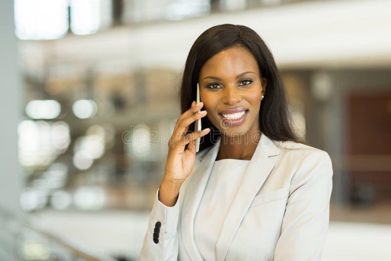 Donna africana di affari fotografie stock