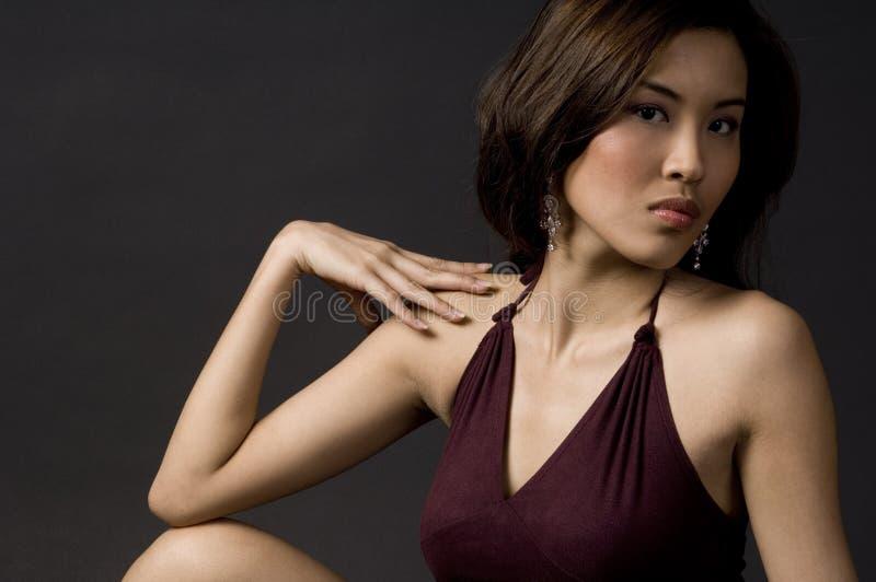 Donna alla moda fotografia stock libera da diritti