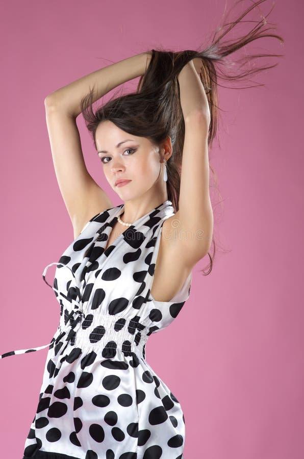 Donna alla moda nel vestito immagini stock libere da diritti