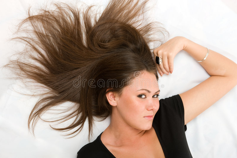 Download Donna asiatica attraente immagine stock. Immagine di luce - 7303325