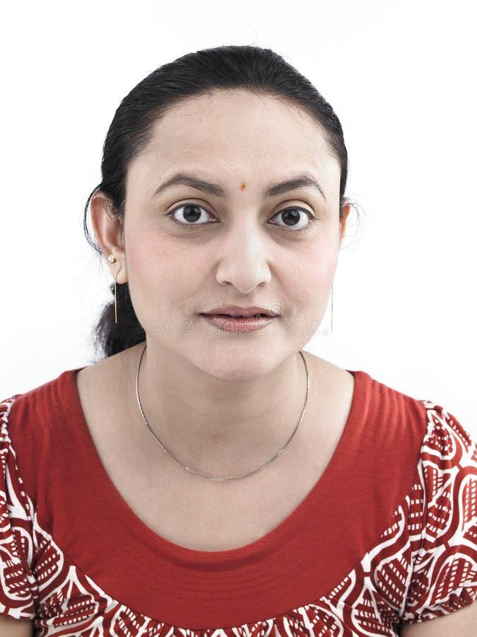Download Donna Asiatica Dell'origine Indiana Immagine Stock - Immagine di faccia, orecchio: 7321375