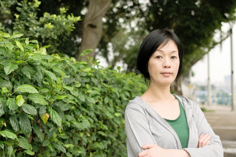 Donna asiatica matura fotografia stock
