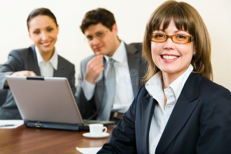 Donna astuta di affari immagini stock