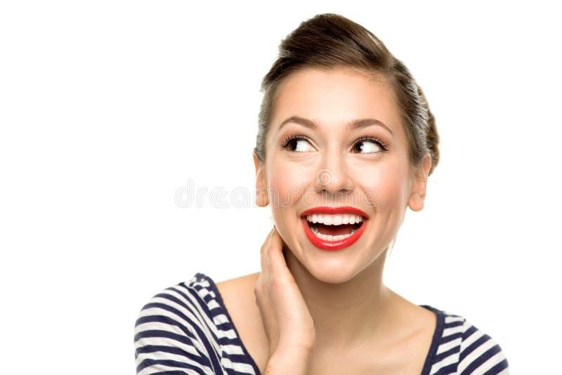 Donna attraente che osserva in su immagini stock libere da diritti