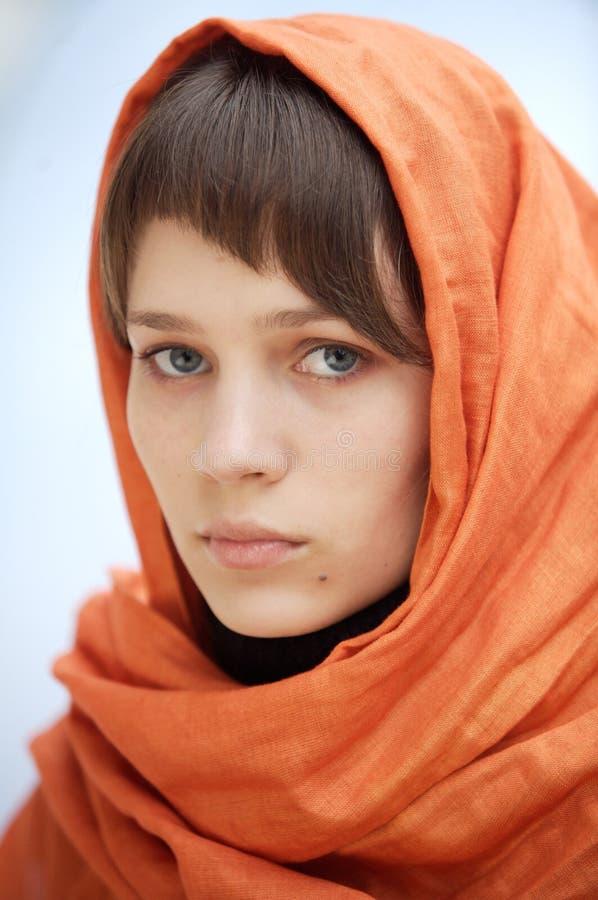 Donna attraente con il velare fotografie stock libere da diritti