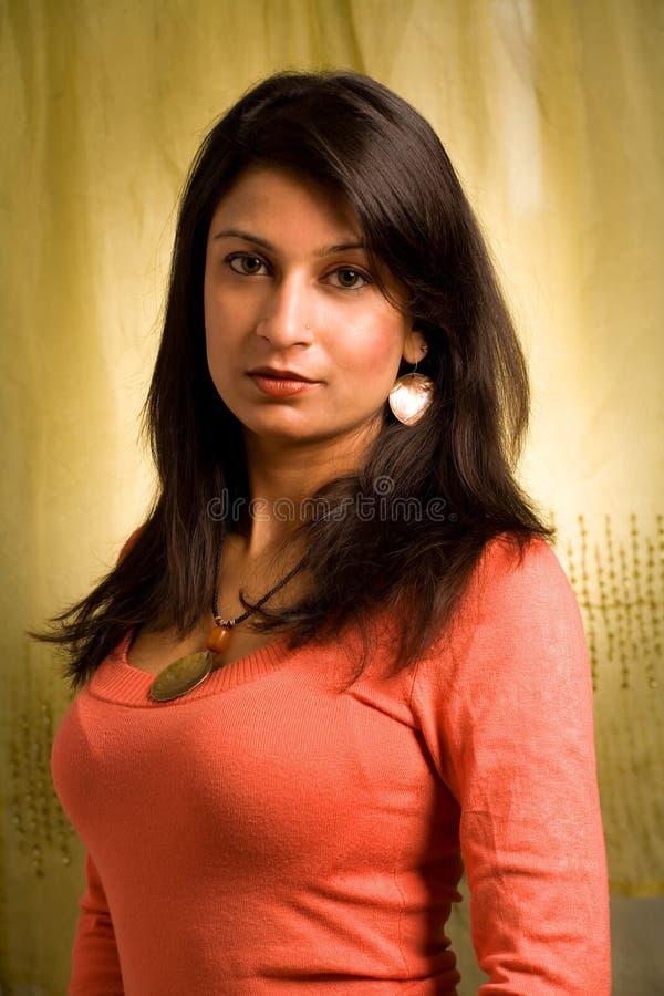 Donna attraente di Desi immagine stock
