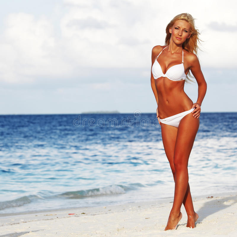 Donna in bikini immagine stock