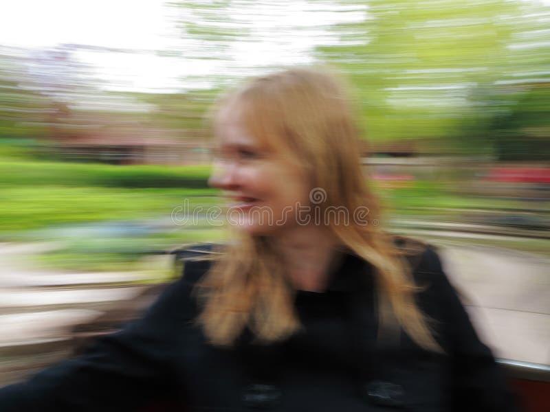 Donna in carosello vago fotografie stock