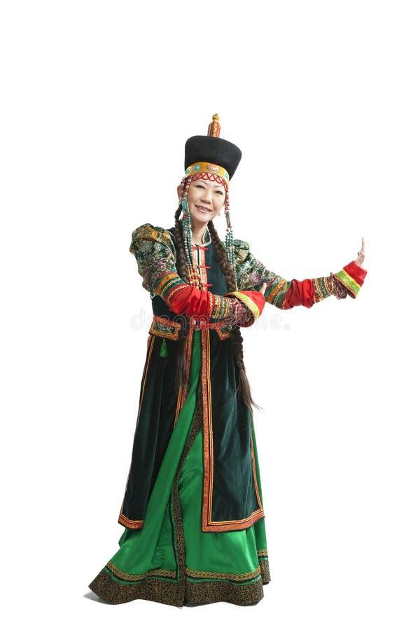 Donna che balla ballo nazionale di Buryat immagine stock