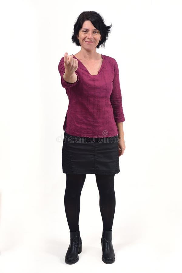 Donna che dice con il vostro dito di venire fotografia stock