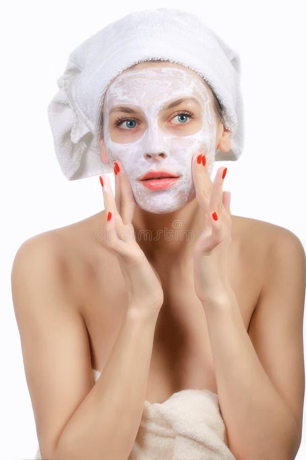 Download Donna Che Fa Maschera Cosmetica Fotografia Stock - Immagine di pulisca, puro: 30830430