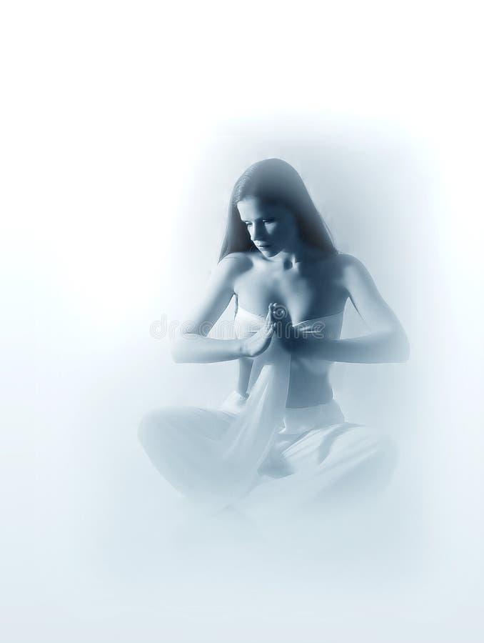 donna che fa yoga fotografie stock