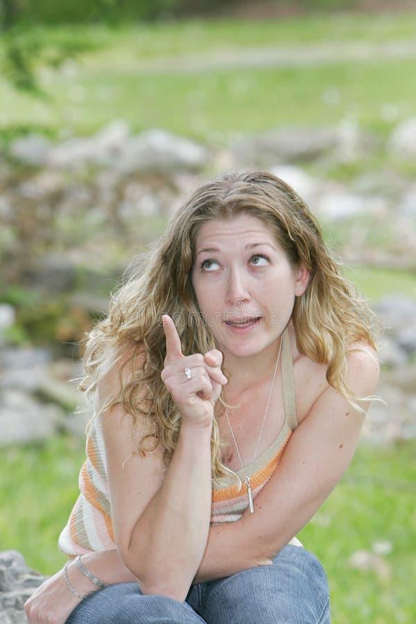 Download Donna che indica qualcosa fotografia stock. Immagine di persona - 7305802
