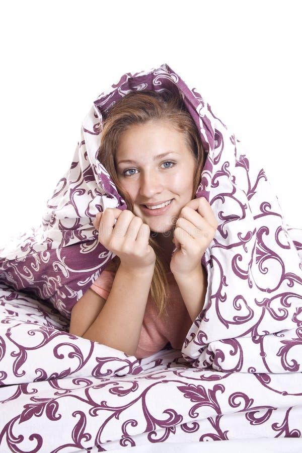 Donna che prova a dormire fotografie stock libere da diritti