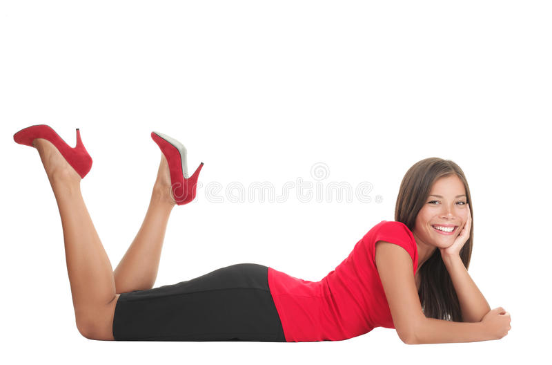 Donna che si trova giù fotografia stock